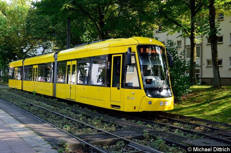 8005 als Betriebsfahrt in Höhe der Haltestelle Phillipusstift. Hier macht der Wagen Pause und fährt als Linie 101 weiter.