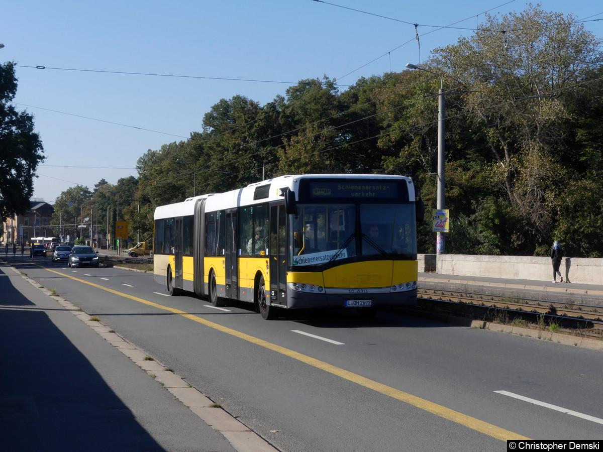 Wagen 14233 auf der Jahnallee(Zeppelinbrücke) als SEV.