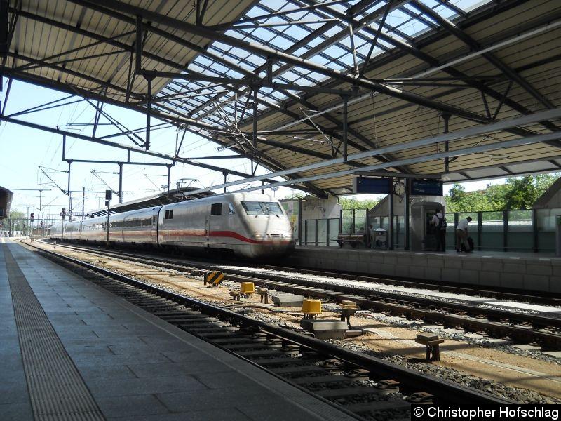 Bild: ICE 401 507 bei der Durchfahrt in Erfurt Hauptbahnhof.
