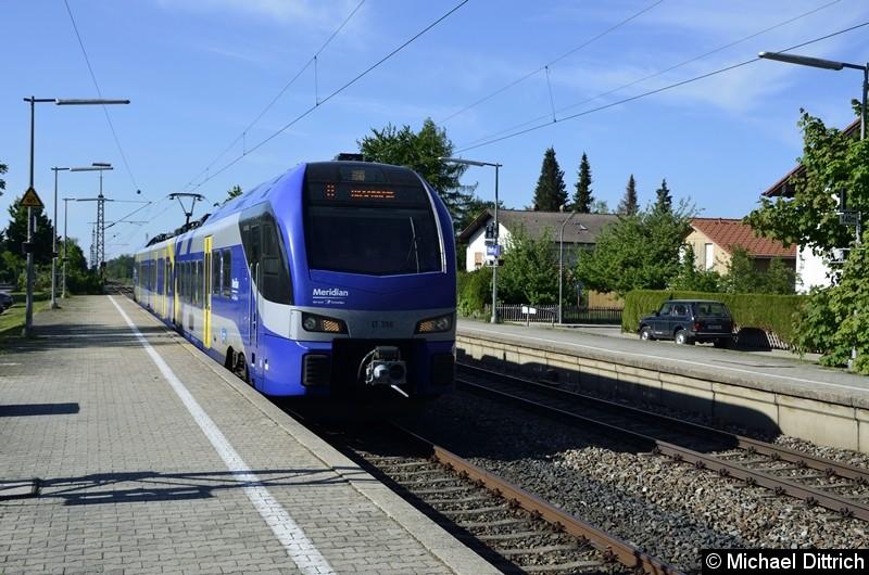 ET 356 auf dem Weg in Richtung Holzkirchen bei der Durchfahrt in Otterfing.
