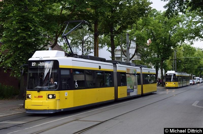 1592 als Linie 27 in der Ehrlichstraße. Wegen eines Schienenbruchs wurde diese Linie umgeleitet.