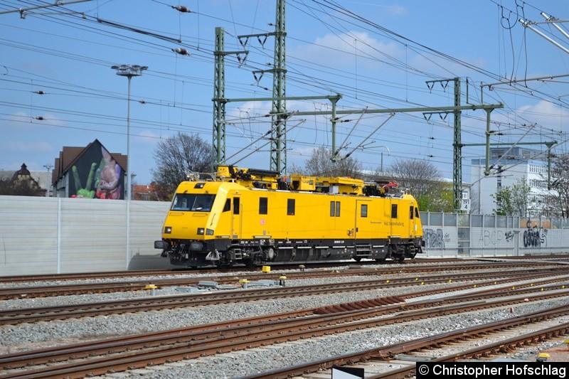 9136 015 bei der Durchfahrt in Erfurt Hauptbahnhof.