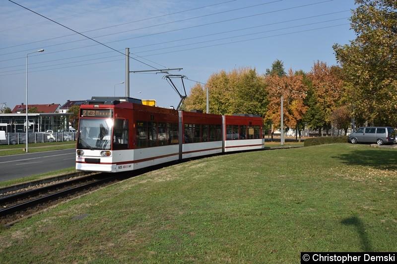 TW 605 als Linie 2 bei der Ausfahrt aus der Schleife Europaplatz