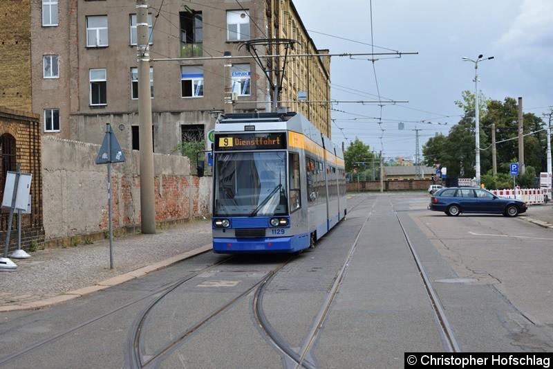 TW 1129 als Linie 9 an Straßenbahnhof Wittenbergstraße.