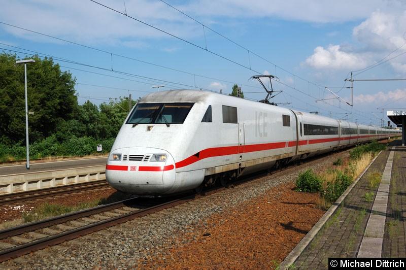 Bild: 401 506 auf dem Weg nach Stuttgart auf der Umleitungsstrecke in Nauen.
