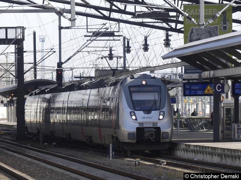8442 803 beim Halt in Erfurt Hauptbahnhof.