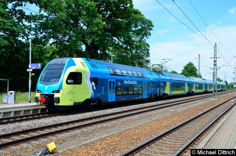 ET 613 auf dem Weg nach Leipzig in Gräfenhainichen.