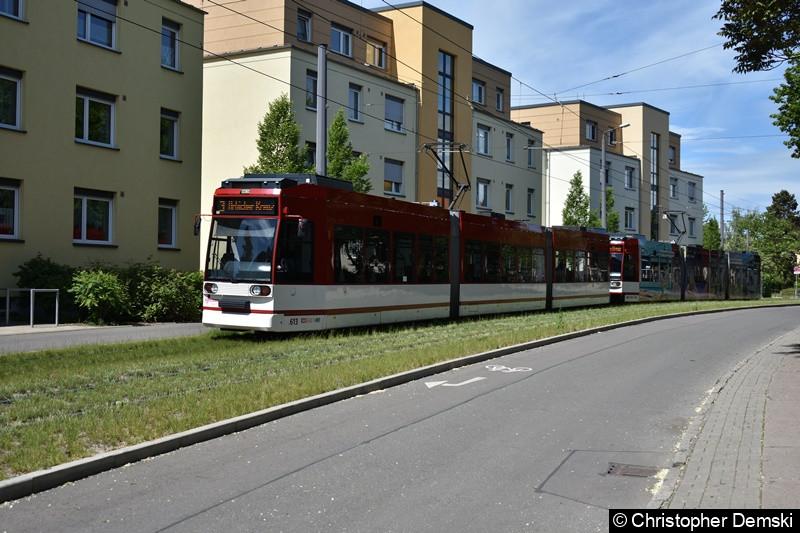 TW 613+605 als Linie 3 in Bereich Melchendorfer Straße in Richtung Urbicher Kreuz.