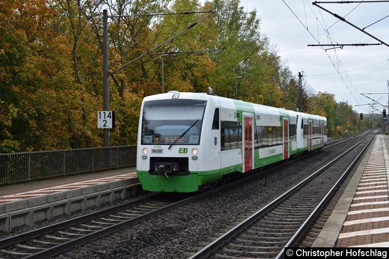 VT 002+VT 001 der Erfurt Bahn bei der Einfahrt in Bahnhof Erfurt-Bischleben