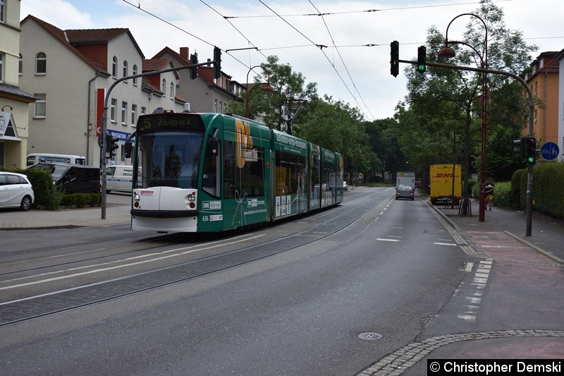 TW 636 als Linie 5 in Richtung Zoopark in der Arnstädter Straße.