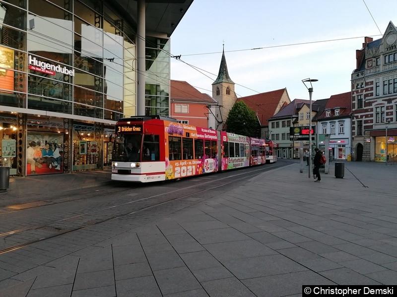 TW 606+611 als Linie 3 an der Haltestelle Anger, in Richtung Urbicher Kreuz.