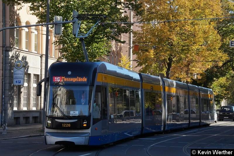 TW 1226 in der Umleitungstrasse Arno-Nitzsche-Straße in Richtung Messegelände ,an der Hst. Arno-Nitzsche-/Arthur-Hoffmann-Str.
