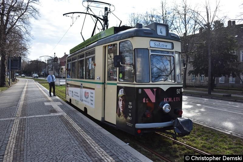 TW 50 an der Endstelle Salztor,warte auf seine Abfahrt zum Hauptbahnhof
