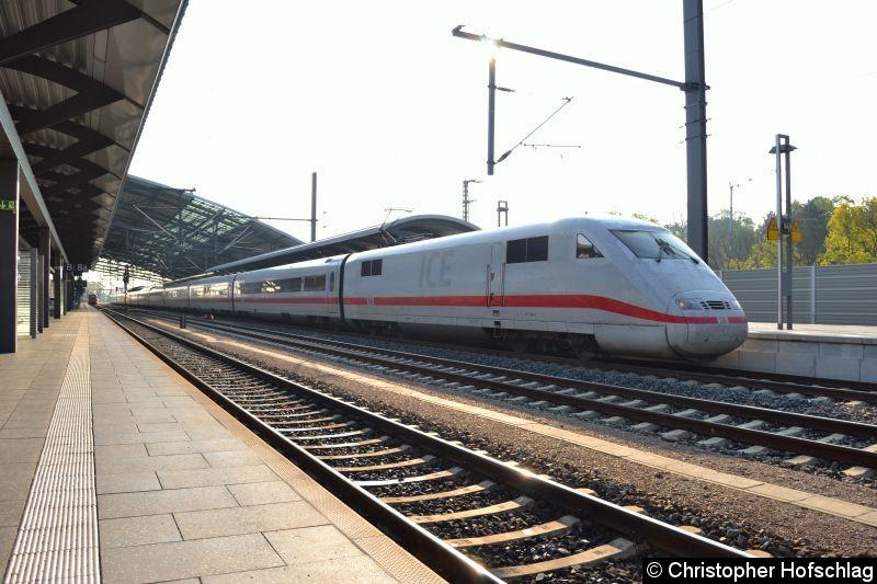 Bild: ICE 401 586-3 in Erfurt Hauptbahnhof.