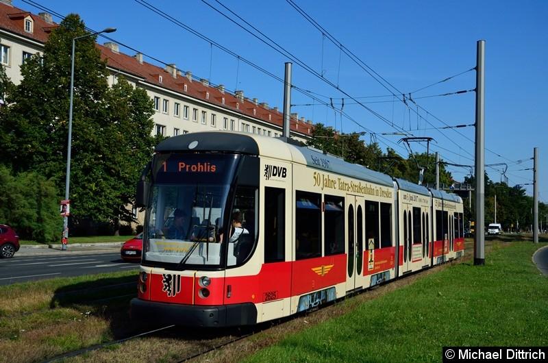 2625 als Linie 1 in der Grunaer Straße zwischen den Haltestellen Deutsches Hygiene-Museum und Pirnaischer Platz.