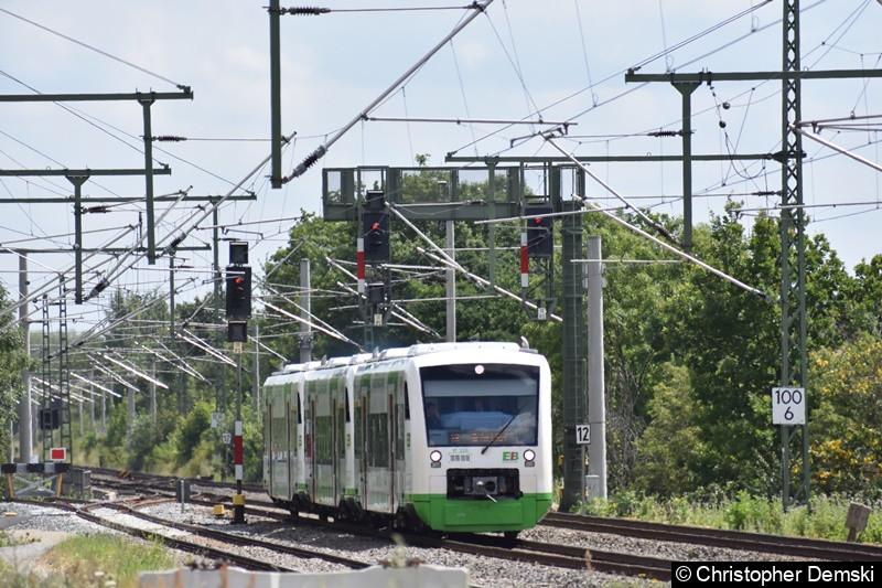 650 264-4 in 3er-Verband kurz vor der Einfahrt in Bahnhof Vieselbach bei Erfurt.
