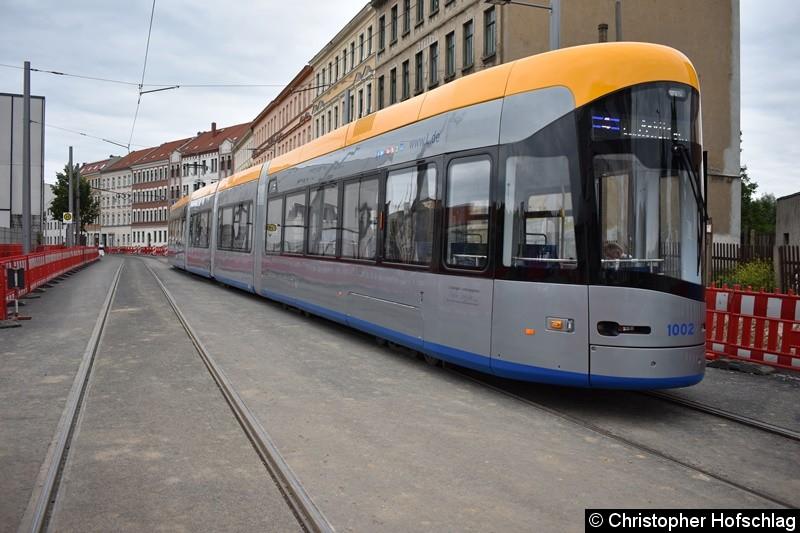 TW 1002 als Linie 4 in Stötteritz
