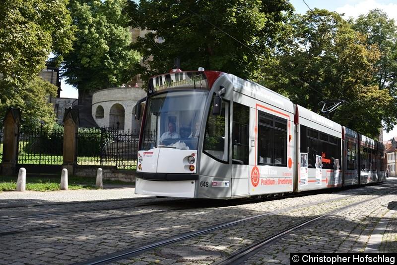TW 648 als Linie 4 in Richtung Hauptfriedhof in der Domstraße.