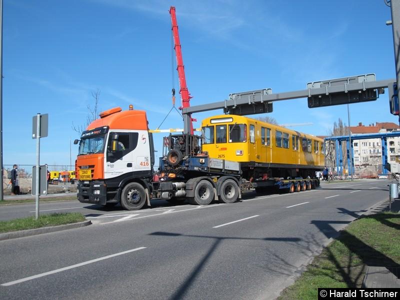 Bild: Auch der Wagen 2675 wurde nach Britz gebracht.